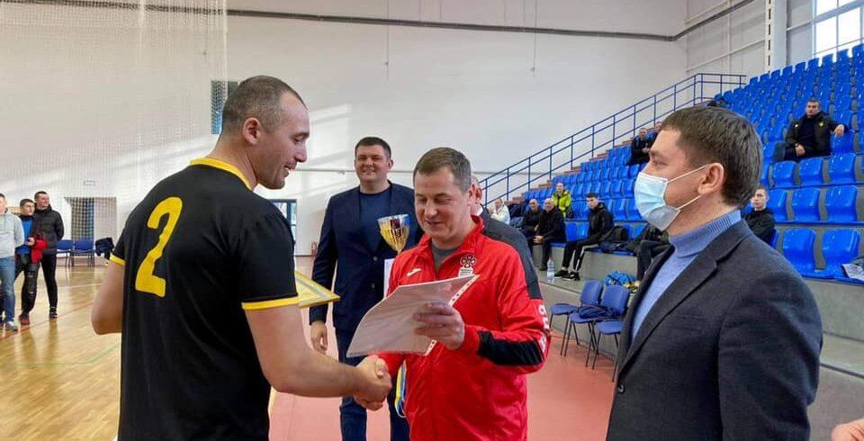 Сергій Євтушок нагородив переможців змагань.